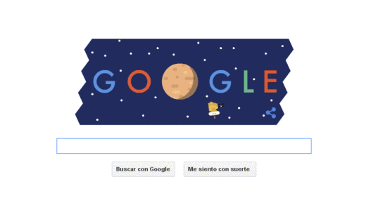 El doodle fue creado por Kevin Laughliny y muestra a la nave orbitando alrededor del planeta enano; su misión es hacer un mapa de las superficies de Plutón y Carote.