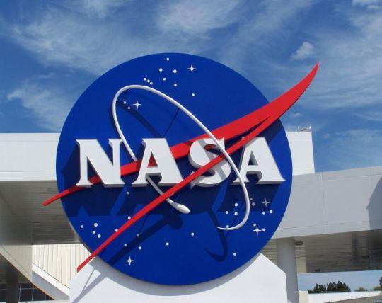03 de Agosto de 2004. En Estados Unidos, la NASA lanza la nave MESSENGER con la misión de explorar el planeta Mercurio.