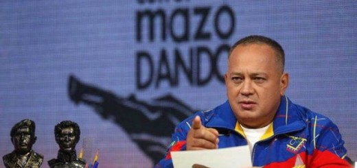 Diosdado Cabello  en su programa semanal, Con el mazo dando
