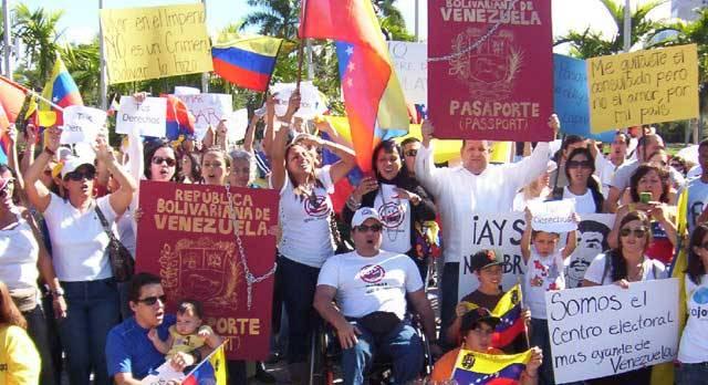 Venezolanos exiliados en Miami juzgan al fiscal Franklin Nieves por violar los DDHH