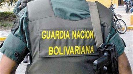 Guardia Nacional fotos desnudas