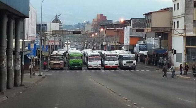 Paro de transportistas en Maracay