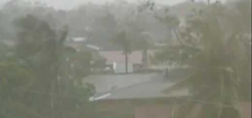 tifón Koppu invade más y más ciudades en el norte de Filipinas