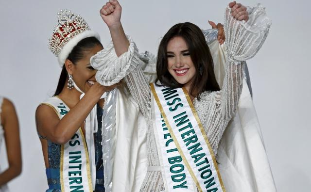 Edymar Martínez, se coronó hoy Miss Internacional 2015 en una gala celebrada en un hotel de Tokio