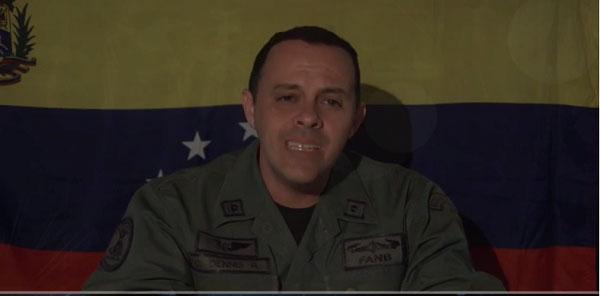 Se reveló teniente de la armada contra el gobierno(+VIDEO)