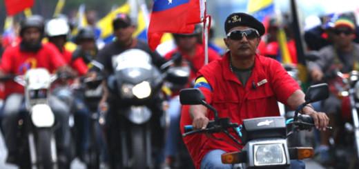 MOTORIZADOS-colectivos-chavistas