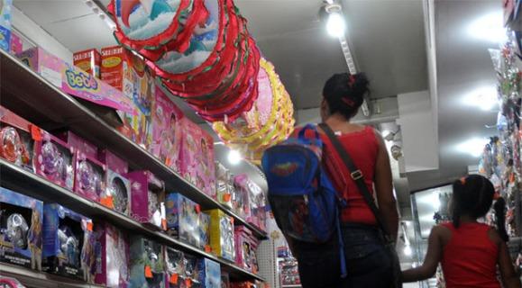 "Crisis afecta la llegada del ""Niño Jesús"""