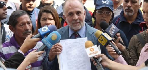 Diputado Ismael León
