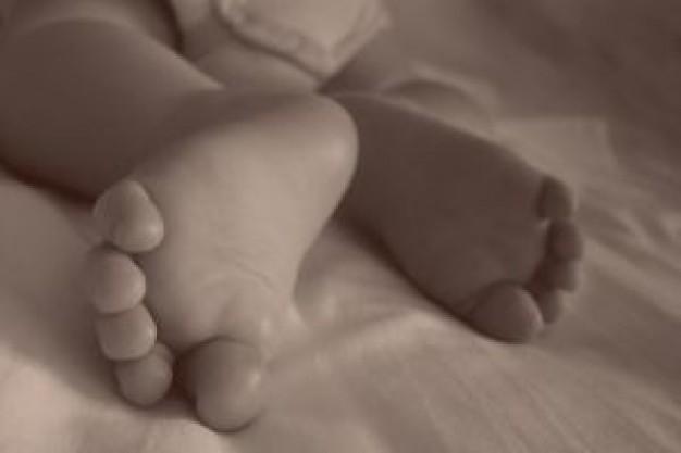 Muere bebé quemada con agua caliente | Imagen referencial