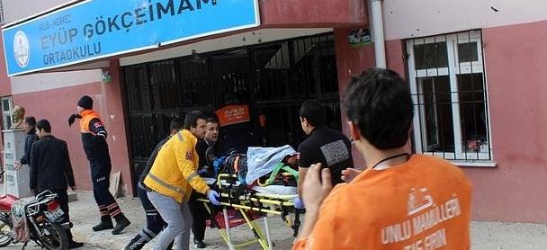 Un muerto en una escuela de Turquía tras el impacto de un proyectil lanzado desde Siria