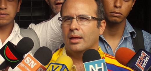 Jorge Millán: La MUD no apoyará medidas que profundicen crisis económica