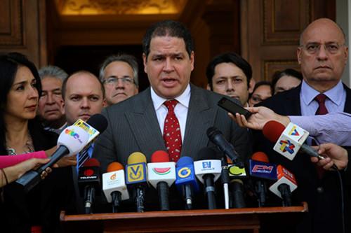 legislador Luis Florido