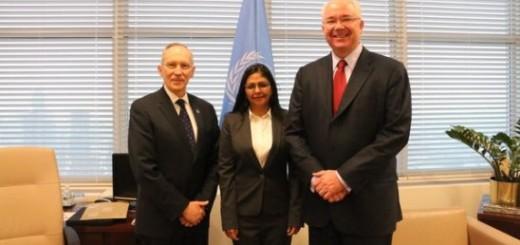 Delcy Rodríguez y Rafael Ramírez, en reunión con Edmond Mulet, Jefe de Gabinete de la Secretaría General de la ONU.