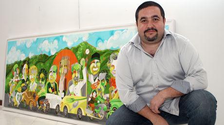 Eduardo Sanabria diseña caricaturas sobre el racionamiento eléctrico