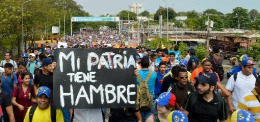 Jóvenes venezolanos en las protestas 2014