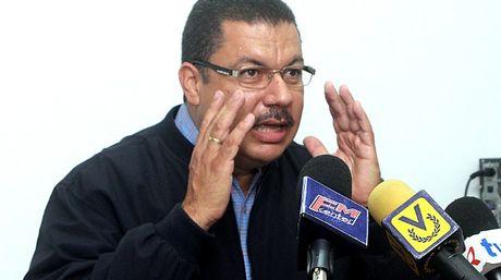 Simón Calzadilla, diputado de la AN |Foto archivo