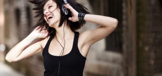Escuchar rock te ayuda a drenar tus emociones