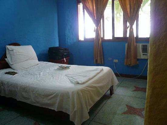estrella-del-mar-hotel-single-room
