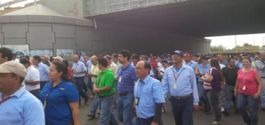 Trabajadores de Corpoelec protestan por firma del contrato colectivo  Foto de Priselen Martínez