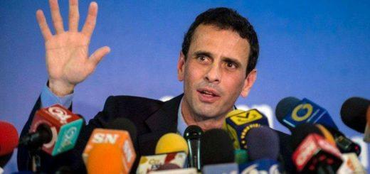 ARGENTINA--Henrique-Capriles---La-escasez-tambi-n-lleg--al-PSUV--pero-de-pueblo-