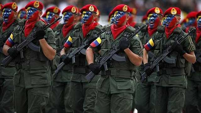 Artículo de El Nuevo Herald cuestiona si Maduro es el presidente o los militares  Foto referencia