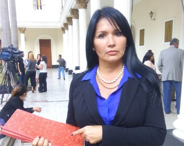 Diputada Melva Paredes|Foto de Twitter