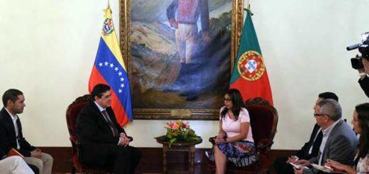Delcy Rodríguez (Venezuela) y Jorge Oliveiro | Foto: @vencancilleria