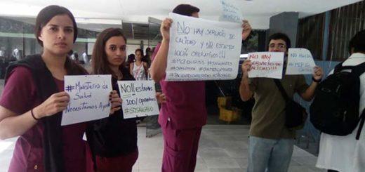 Médicos, pacientes y enferemeros de la Maternidad Concepción Palacios protestan por falta de insumos | Foto: @unidadvenezuela