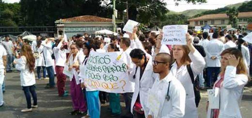Médicos del Hospital Central de Valencia / Foto: Twitter