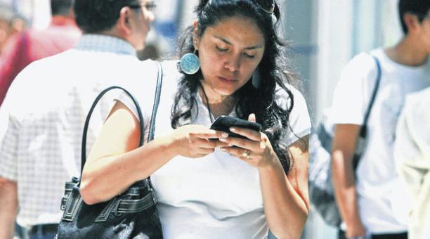 Transferencias bancarias podrán hacerse por teléfono | Foto referencial