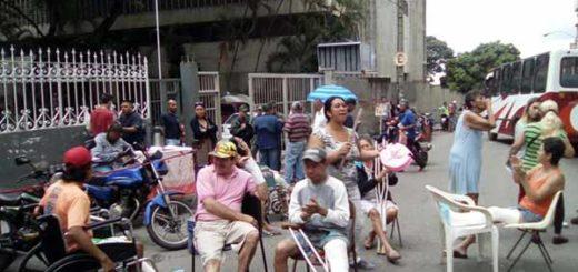 Pacientes del Hospital Dr. José María Vargas | Foto: @Unidad