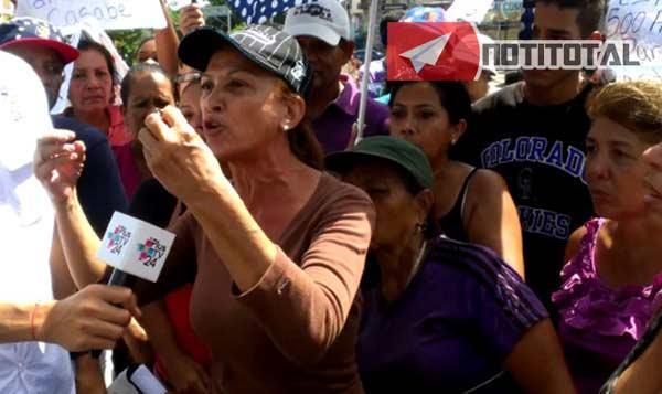 Cumaneses protestaron por comida