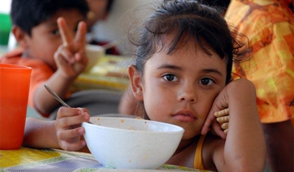 Incrementan casos de desnutrición infantil en Venezuela por escasez / Imagen de referencia