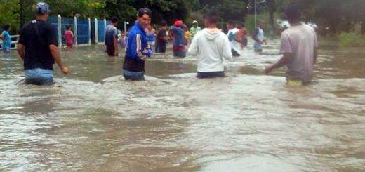 Desbordamiento del Río Sarare | Foto: Twitter @FloresMilagro
