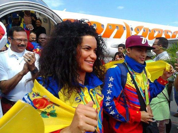 Atletas venezolanos que participaron en #Rio2016 llegan al país |Foto: @Mindeporte