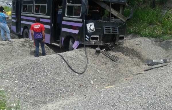 imagen. Accidente de autobús en Tazón