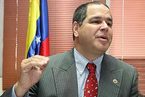 Luis Florido diputado de la Asamblea Nacional  Foto archivo