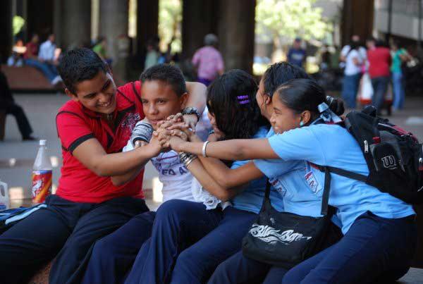 Jóvenes venezolanos | Imagen referencial