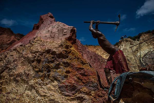 Trabajar en las minas venezolanas tiene un alto costo |Foto: New York Times