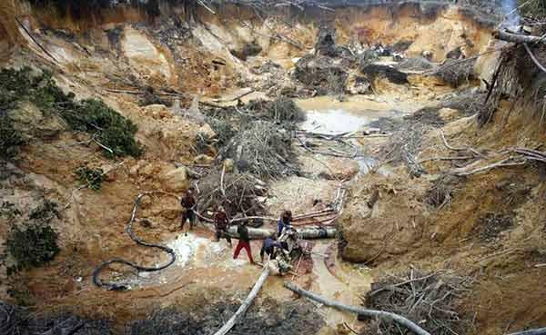 Trabajo de minería en el Arco Minero del Orinoco | imagen referencial