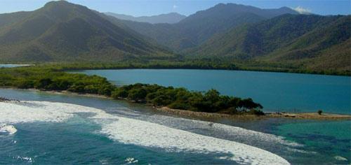 Playa Yapascua, Carabobo | Foto: hotelesyposadasvenezuela.com