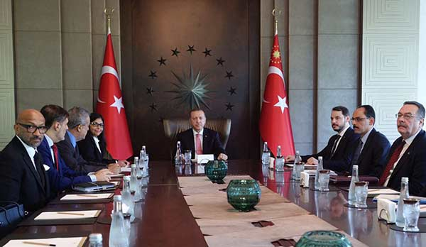 Canciller Delcy Rodrígue se reúne con el presidente de Turquía, Recep Tayyip Erdogan | Foto: @CancilleríaVE