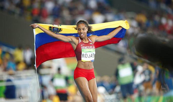 La atleta venezolana Yulimar Rojas gana medalla de plata en Río2016 |Foto: EFE