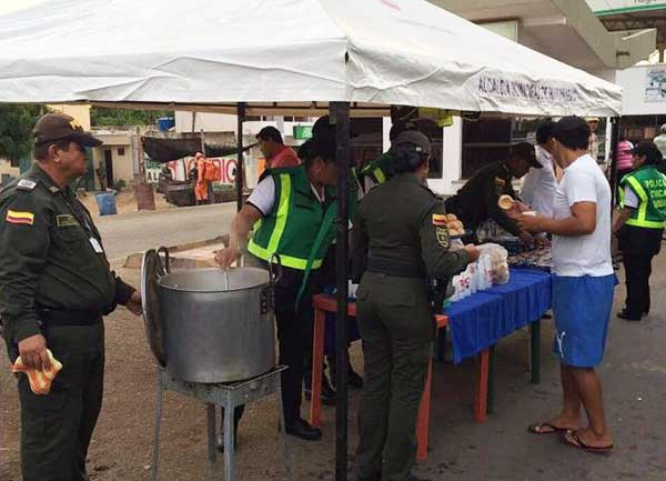 Policía colombiana en Paraguachón | Foto: regioncaribe.org