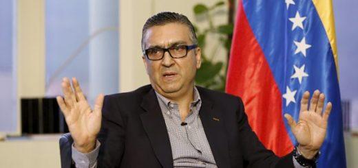 Destituido Perez Abad
