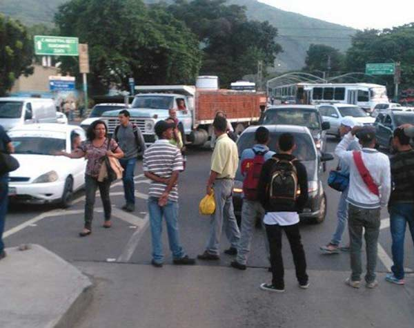 imagen: Protesta en peaje de La Victoria