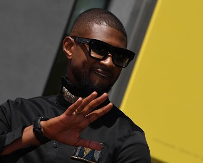 Usher receives Star on Hollywood Walk of Fame