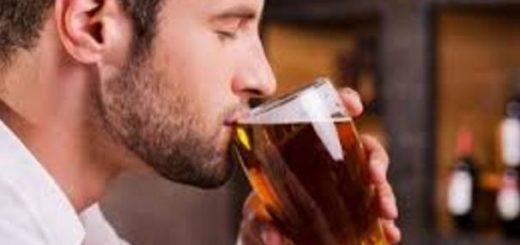 Beber alcohol todos los días puede incrementar el riesgo de sufrir arritmia cardíaca |Foto referencia