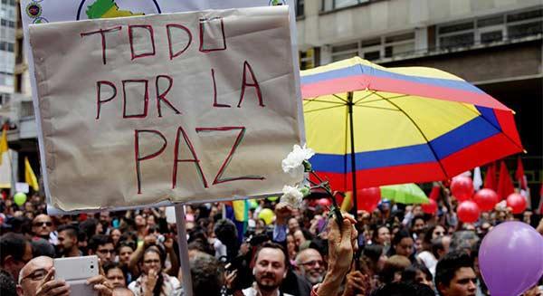 Colombia-celebra-acuerdos-de-paz.-EFE