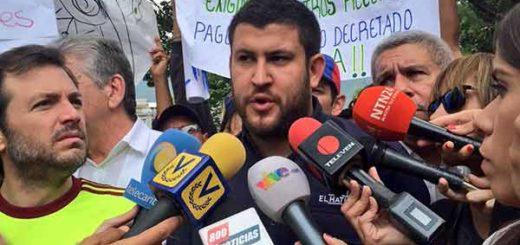 David Smolansky desde la concentración en la plaza Francia de Caracas | Foto: @dsmolansky